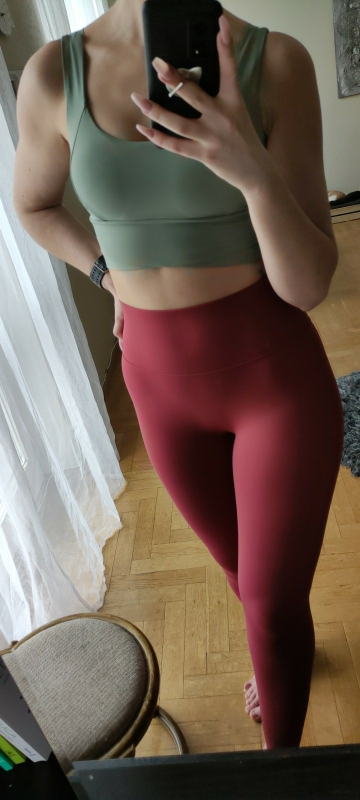 red active leggings